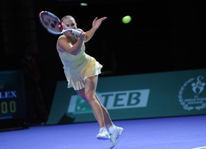 Каролин Возняцки уже без вариантов закончит сезон на первой строчке рейтинга.