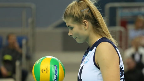 Мы боялись, что белорусская красавица-волейболистка может закончить карьеру. Теперь она будет играть в Италии