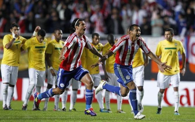 В серии пенальти Бразилия не смогла забить Парагваю ни разу.