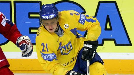 Он сыграл за сборную Украины на восьми ЧМ. Но теперь будет выступать за Беларусь