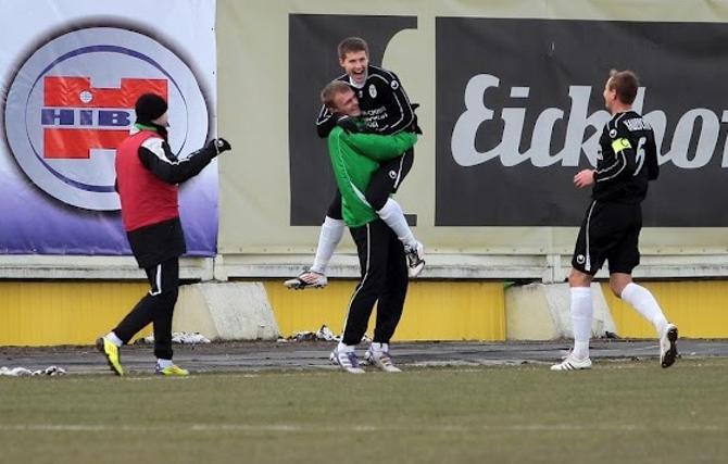 Три гола и одна результативная передача в трех матчах -- Вячеслав Глеб хорошо стартовал