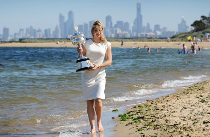Когда Ким была в Австралии своей, трофей она выиграть не смогла