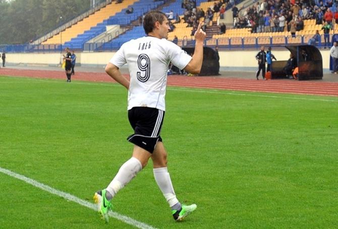 Вячеслав Глеб глупым поступком перечеркнул все свои заслуги в игре с «Шахтером»