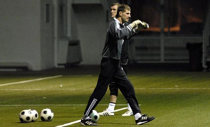 Юрий Цыгалко не советует молодым голкиперам анализировать ошибки во время игры