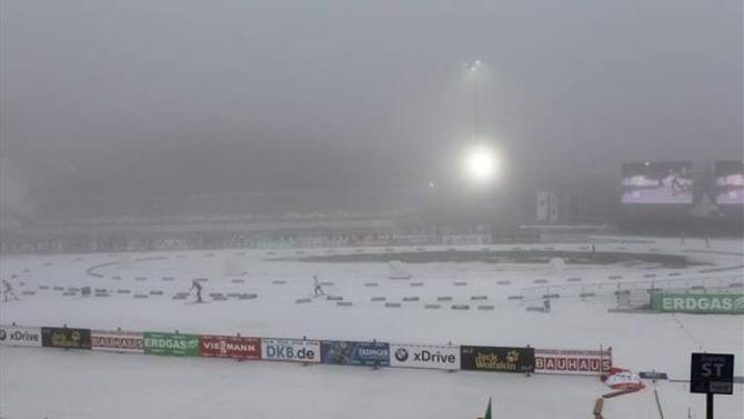Последняя эстафета перед Играми в Сочи отменена из-за тумана