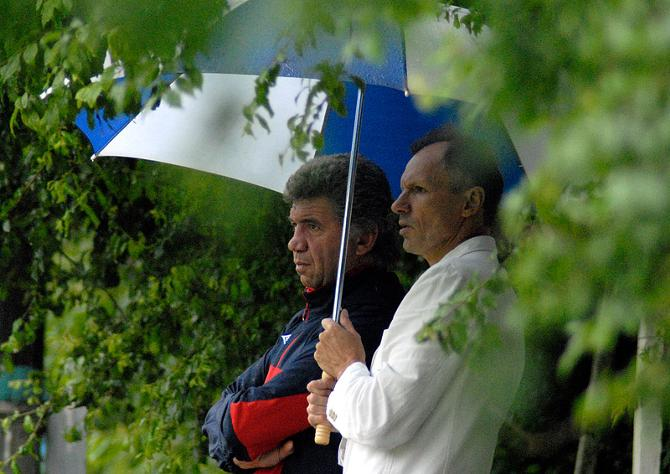 Похоже, что Людас Румбутис и Владимир Геворкян под одним зонтиком не ужились