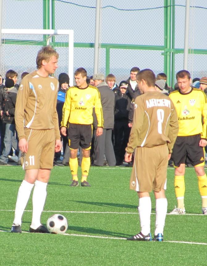 Евгений Зуев забил за новый клуб в официальном матче