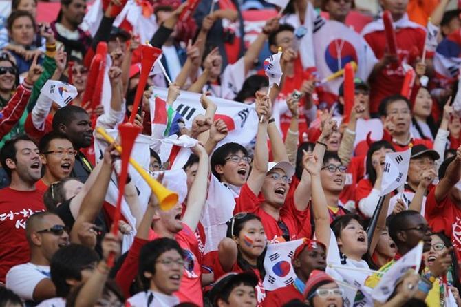 Корейские болельщики довольны. Еще бы!