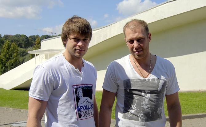 Братья уверены, что сборную нужно доверить Захарову.