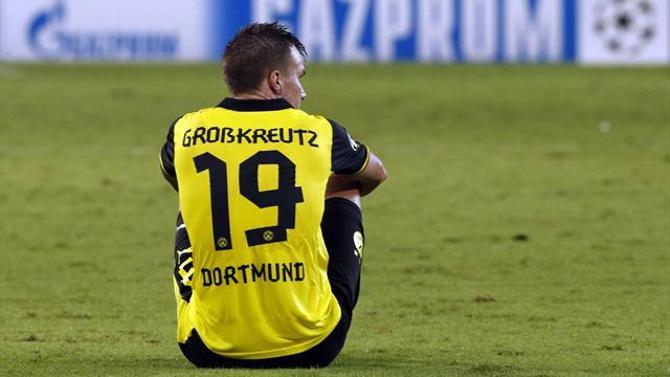 Сразу после поражения в Лиге чемпионов дортмундская «Боруссия» потеряла очки в матче с аутсайдером бундеслиги