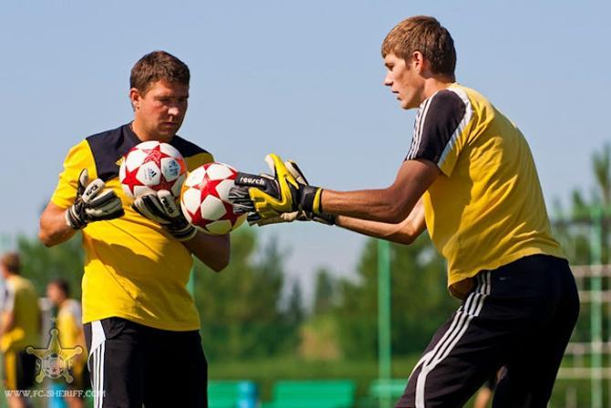 Владимир Селькин хочет стать хорошим тренером вратарей.
