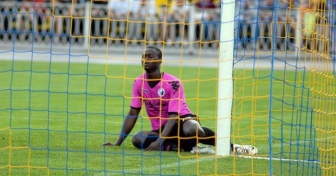 Даме Ндойе много старался, но забить ему так и не удалось.