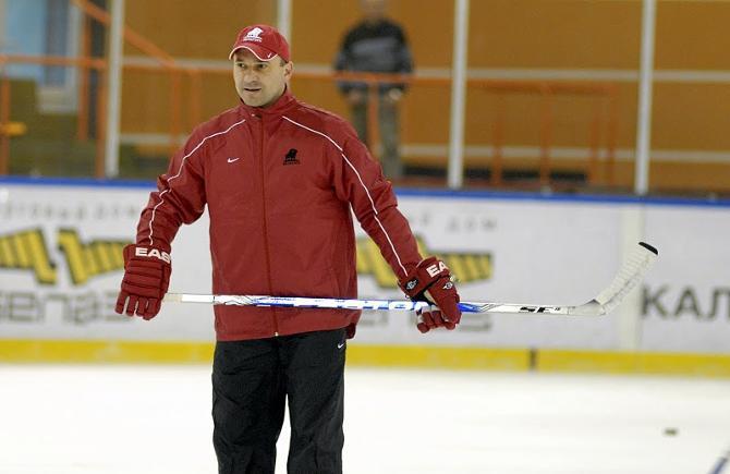 Владимир Цыплаков ставит перед командой задачу на Универсиаде играть на победу в каждом матче.