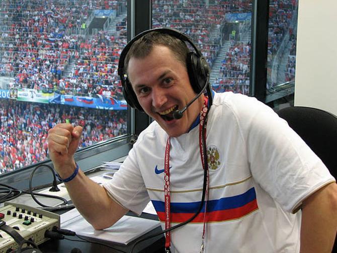 Алесю Круглякову довелось поработать и на финале Лиги чемпионов. Правда, не комментатором