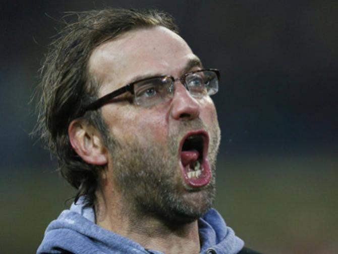 Юрген Клопп отличается от других тренеров не только внешностью, но и манерой поведения