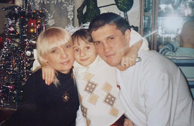 Вячеслав Гормаш с супругой и дочкой