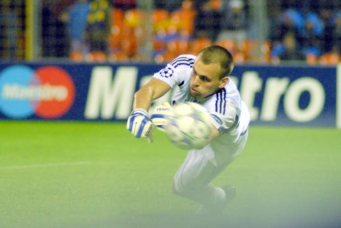 Для Александра Гутора первый матч в Борисове после перехода в «Динамо» выдался насыщенным на события