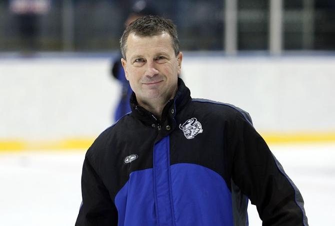Олег Микульчик считает, что игрокам из экстралиги тяжело сразу перейти на уровень КХЛ