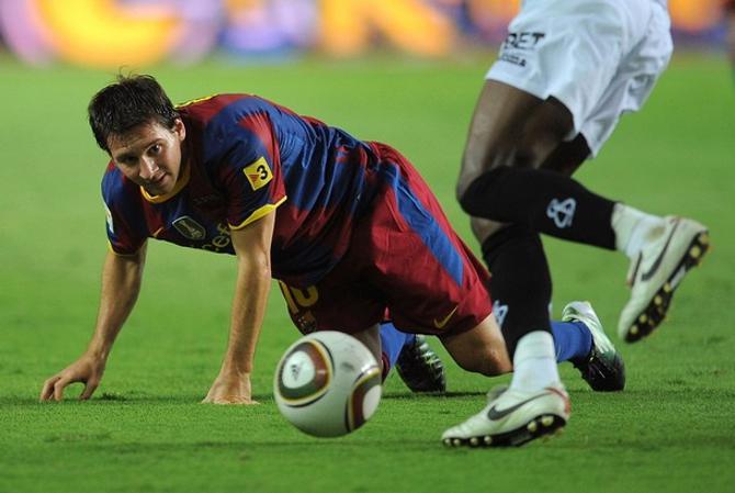 С выходом Лионеля Месси игра Барселоны не стала лучше.