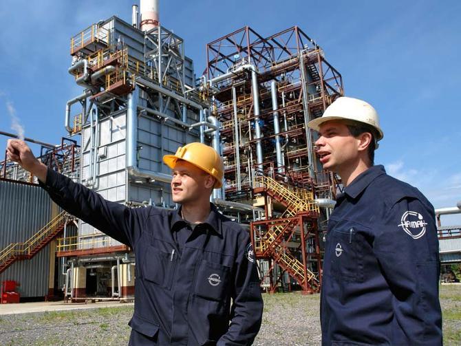 Работники «Нафтана» считают, что клуб нужен заводу