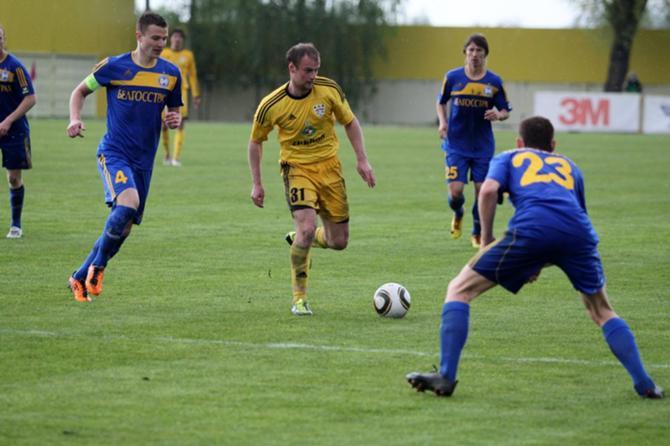 Виктор Сокол считает, что первый гол БАТЭ был забит не по правилам.