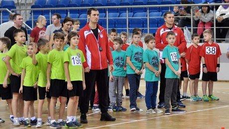 Бесплатный детский спорт в Беларуси может оказаться для родителей очень дорогим. Вдвойне опасно, если ребенок талантлив