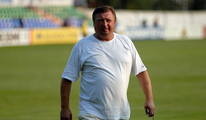 Юрий Пунтус призывает болельщиков позабыть о Василюке, пока он тренирует команду