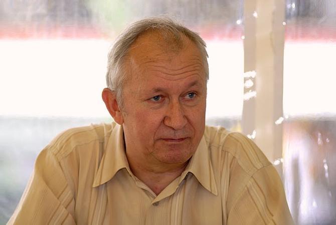 Михаил Шутович, как и многие, уверен, что нужно менять отношение к детским тренерам
