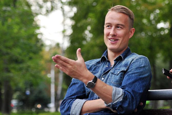 Андрей Сидоренков участвовал в чемпионатах по брейк-дансу