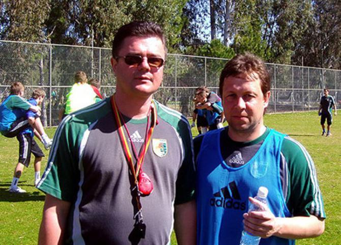 Скорее всего, Олегу Радушко (на фото справа) дадут доработать до конца второй круг. А потом на помощь ему придет Гуренко?