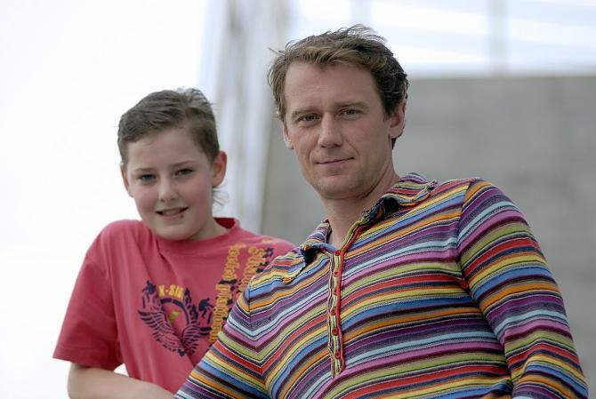 Теперь у Олега Антоненко больше времени для семьи. На фото Олег с сыном Максимом.