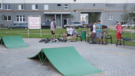 «Тут можно убиться». В Минске хотели открыть крутую площадку для экстремалов, но сделали так, что на нее нельзя пускать детей