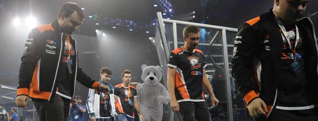 Медведь помогает VP в матче с Mineski. И не только