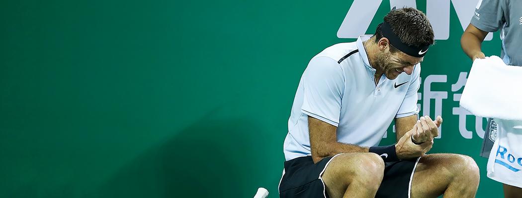 Он мог бы стать великим теннисистом. Но запястья не справились с его мощью