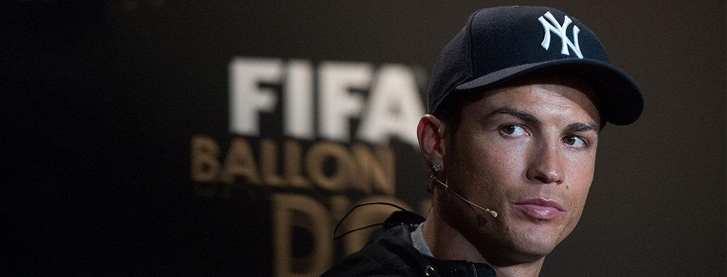 Вы точно видели кепки с буквами NY. Почему все их носят и при чем тут спорт?