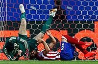 Возвращение Торреса, травма Чеха и другие кадры матча «Атлетико» – «Челси»