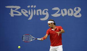 Владимир Камельзон: «В теннисе играют головой, а выигрывают ногами»