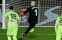 Вратарь «Эйбара» забил «Атлетико» с пенальти. В Ла Лиге такого не случалось 10 лет