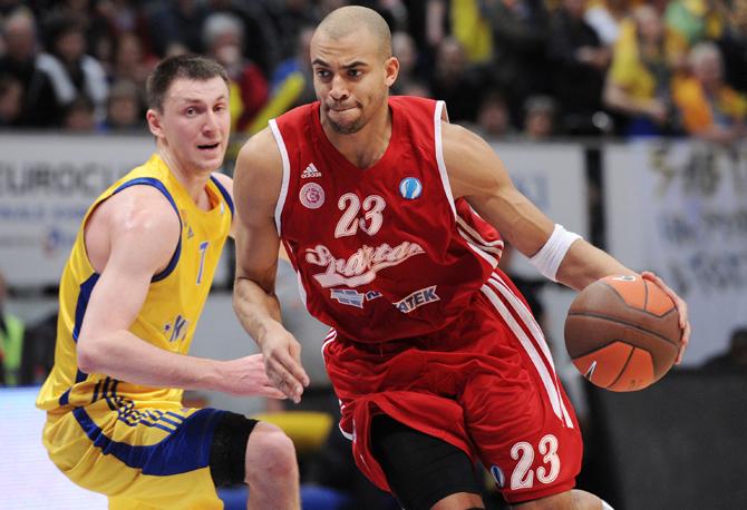 Только судом! Почему правовой хаос в российском баскетболе устраивает клубы и РФБ