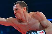 Затянули пояса. Эдуард Трояновский и еще 19 чемпионов мира по боксу из России