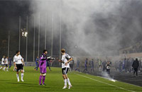 Дым над Москвой. Недоигранный матч «Торпедо» – «Динамо» в картинках