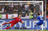 Торжество разума. Фото матча Англия – Италия