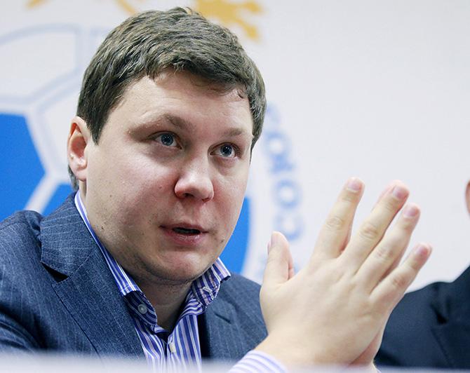 Максим Митрофанов: «На «Олд Траффорд» и «Энфилде» нельзя проводить футбольные матчи»