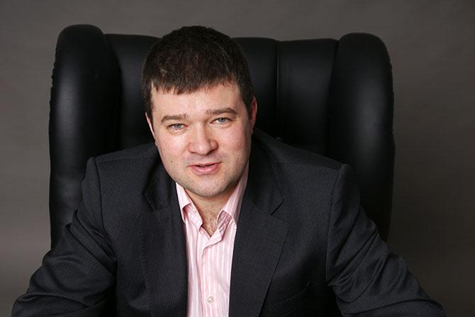 Максим Шарифьянов: «Если лимит совсем отменят, то я буду советовать своим игрокам в сборную не ездить»