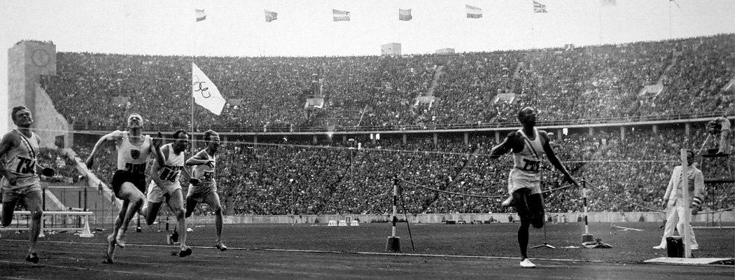 Черный бегун, который испортил Гитлеру домашнюю Олимпиаду
