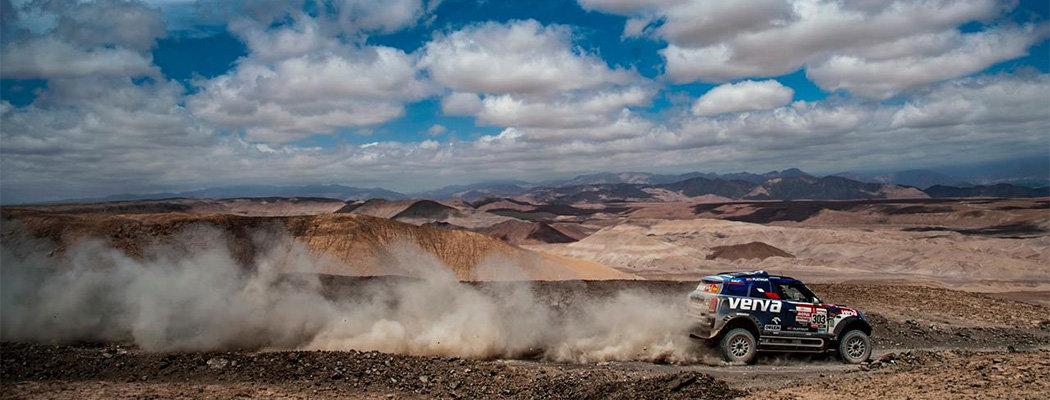 «Дакар» вернулся в пески. Получилось красиво и опасно