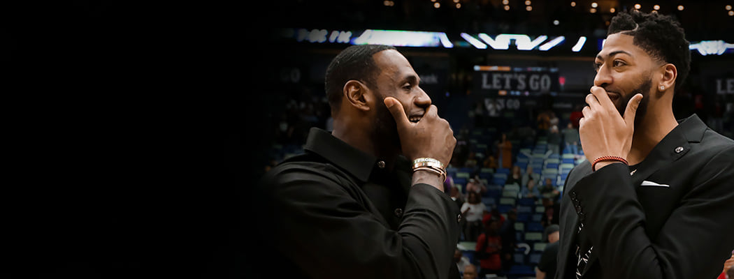Король Джеймс все еще правит НБА. Он получил Энтони Дэвиса и идет за титулом