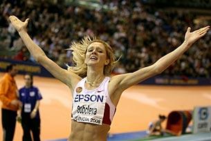 Елена Соболева побила два мировых и один российский рекорд за три старта