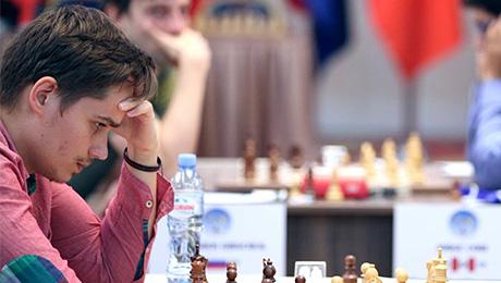 Шахматисту не дали сыграть в шортах. В ответ он досрочно уехал с турнира