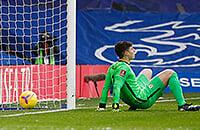 Кепа получил шанс в Кубке, но опять пропустил странный гол. Его подставил Зума